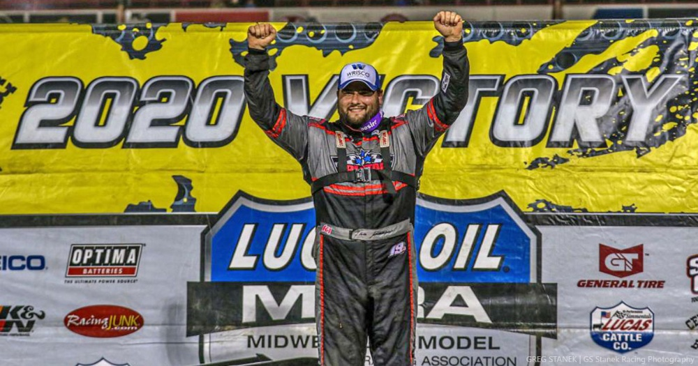 Gustin slides past Moyer to take opening night of MLRA Fall Nationals